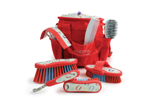 2405 Equestria Sport HORSESHOES 8-PC Deluxe Grooming Set CHILI RED_unboxed_314.jpg